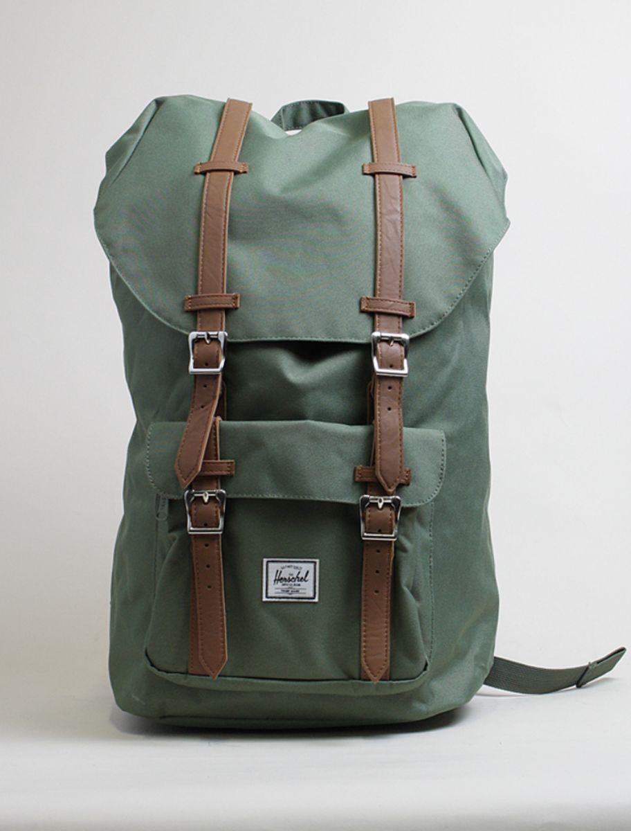 8702acb5f4 Herschel backpack Little America deep lichen green
