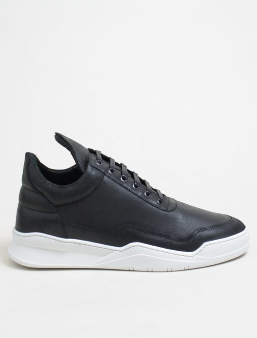 Filling Pieces low top ghost waxed black
