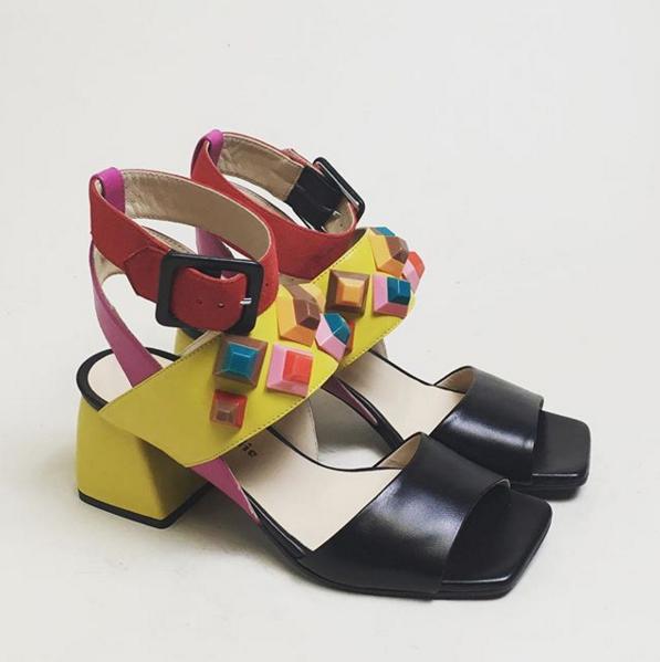 Marie Elodie sandali borchie colorate