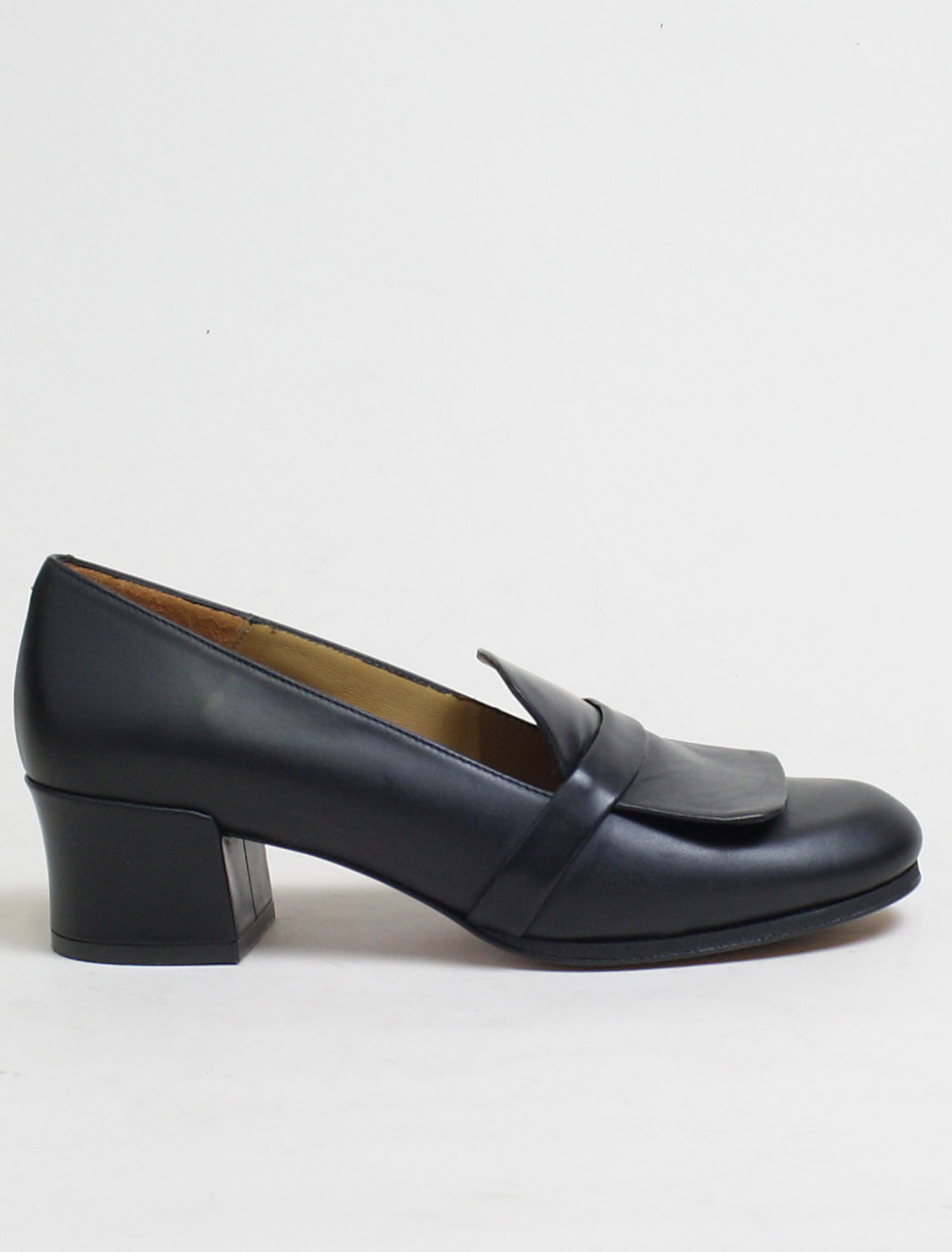 Audley 20743 black sax moccassin
