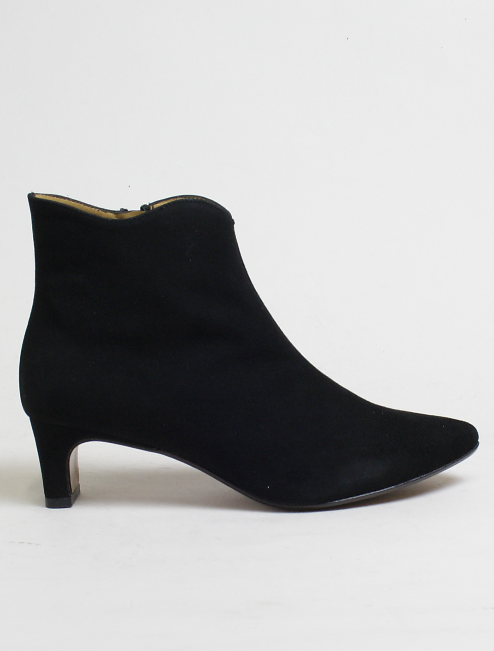 Audley 20523 black suede ankle boot