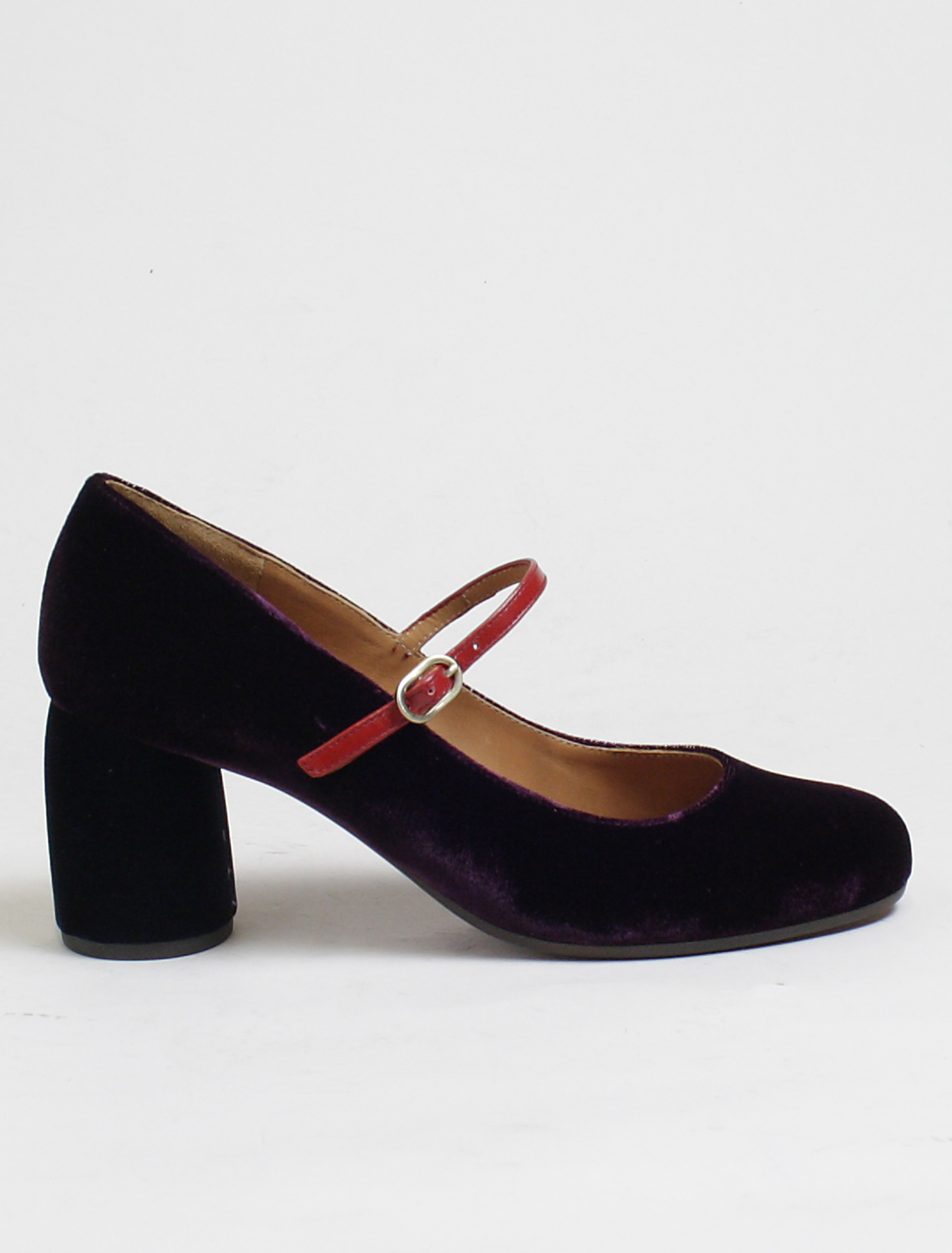 Chie Mihara Mossa velvet grape Decolletè