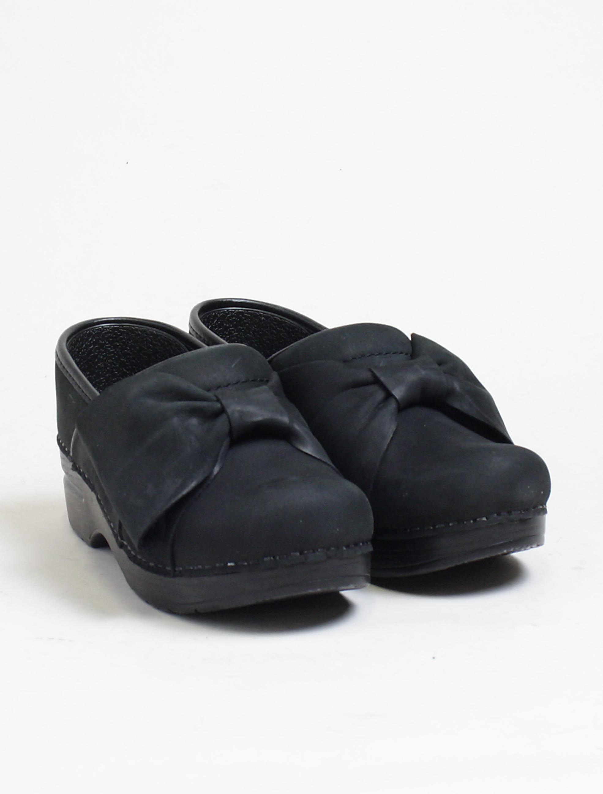 Dansko Pro Bow Black Nubuk paio