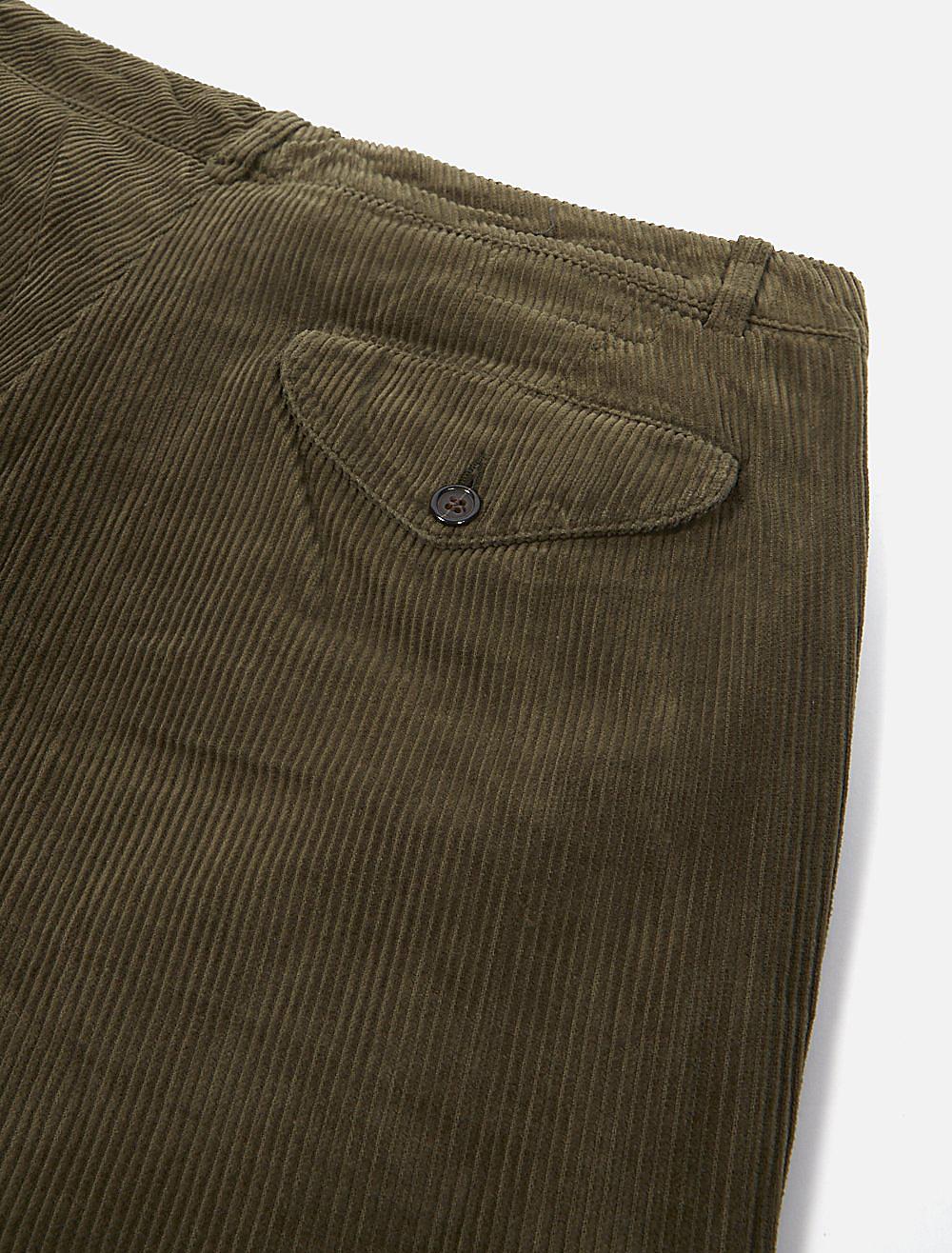 Universal Works Aston Pant Cord Olive dettaglio tasca