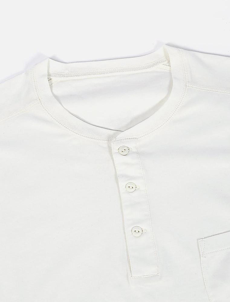 Universal Works Eaton Shirt Single Jersey Ecru dettaglio collo