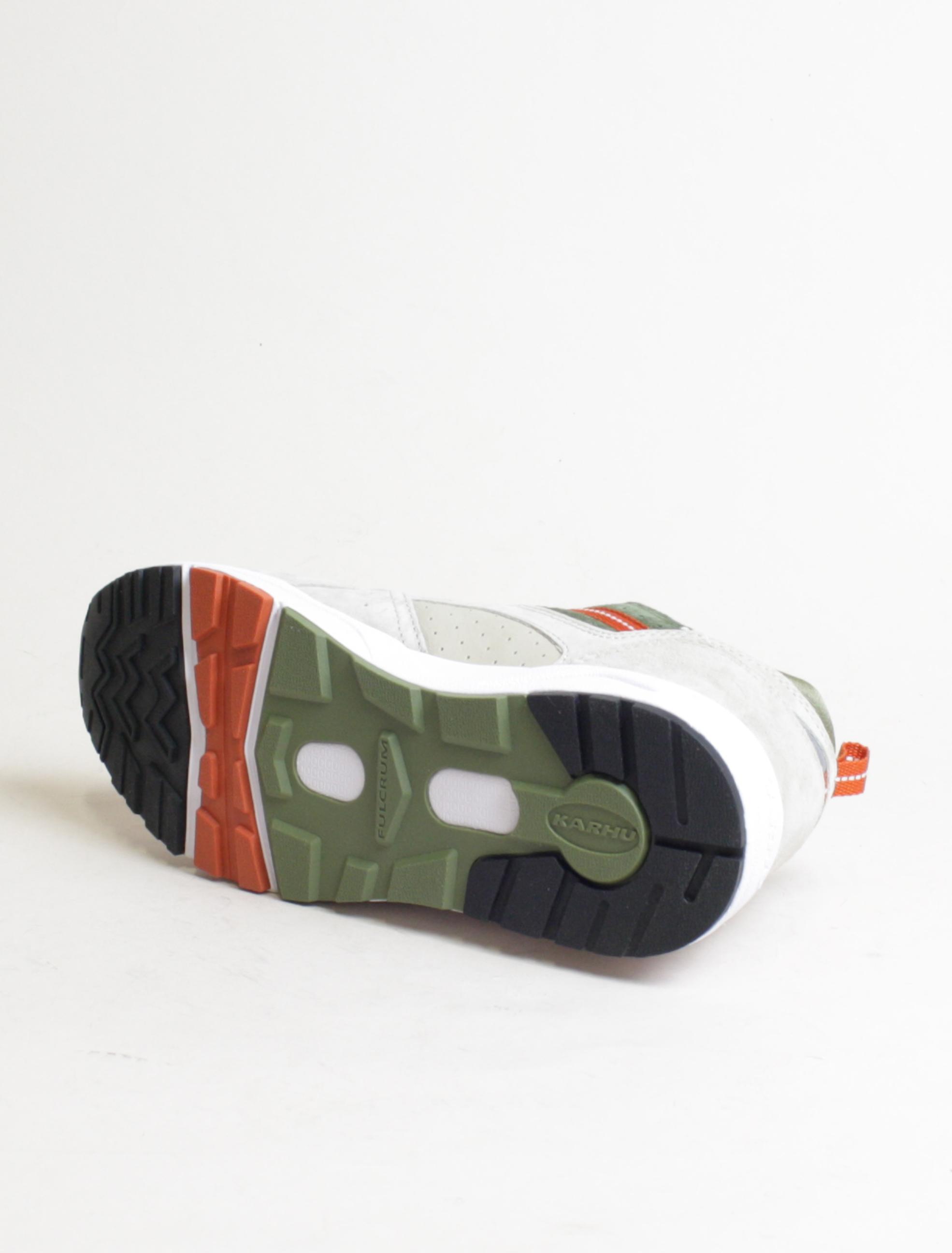 Karhu Fusion 2.0 Peyote Military Olive dettaglio suola