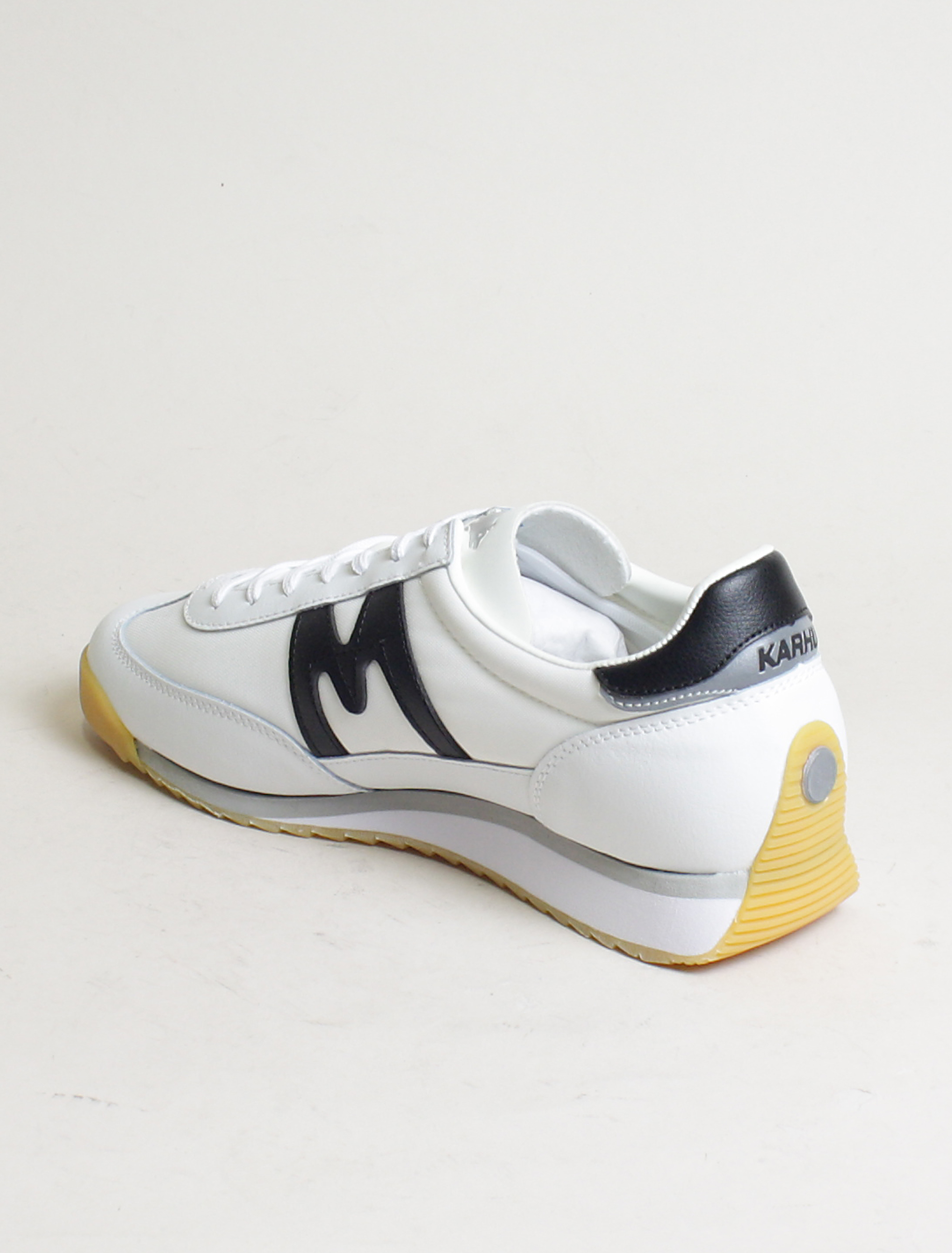 Karhu sneakers Championair white black laterale