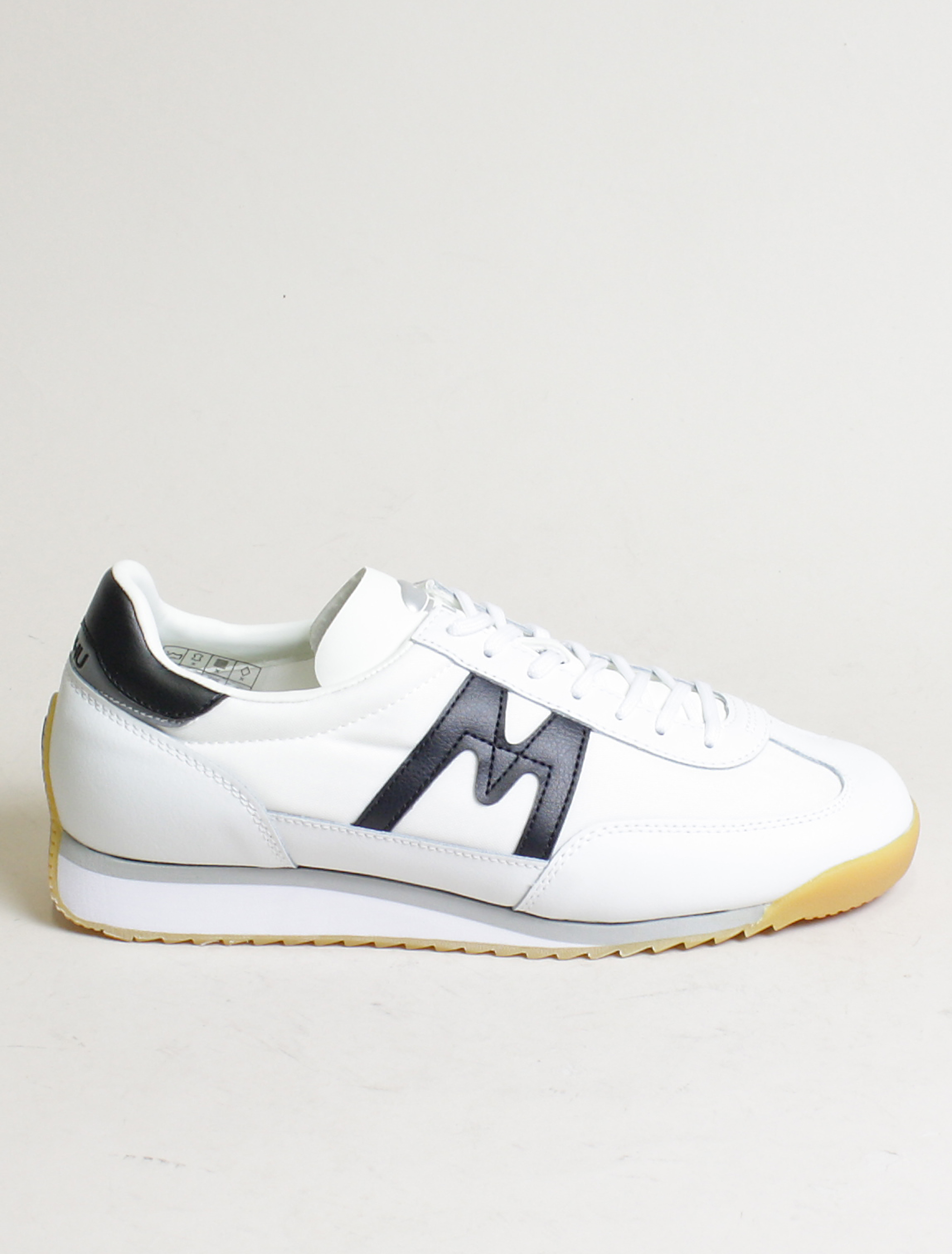 Karhu sneakers Championair white black
