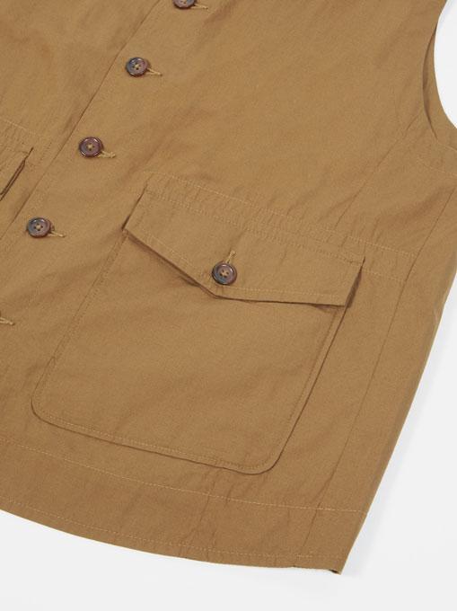 Universal Works Field Waistcoat poplin Khaki bottoni