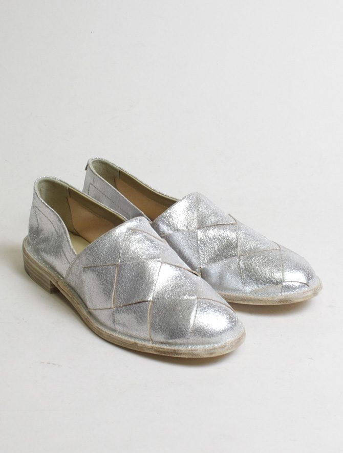 Vic Matiè pantofola intrecciata laminato argento paio