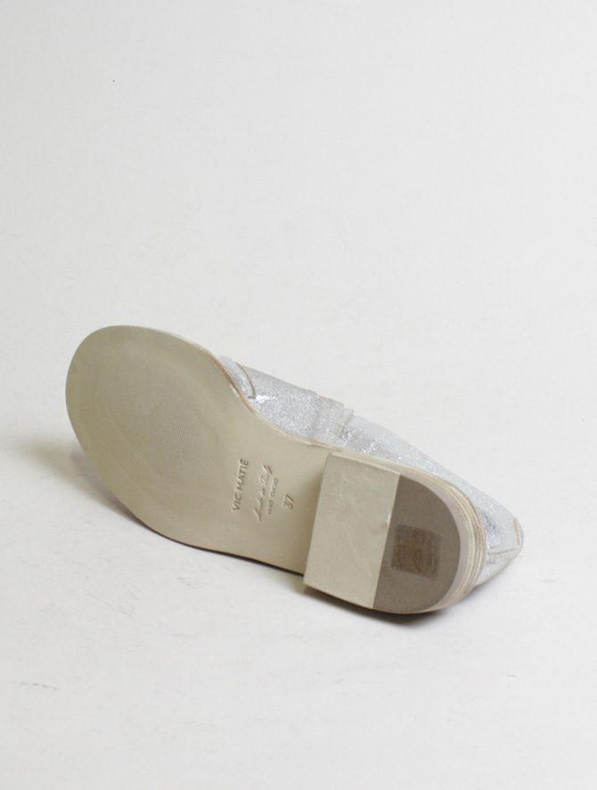 Vic Matiè pantofola intrecciata laminato argento dettaglio suola