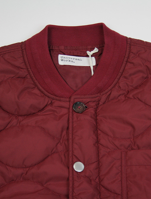 Universal Works Carlton Jacket Nylon Claret dettaglio collo