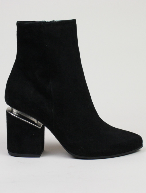 Vic Matié black suede Ankle boot