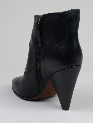 Buttero B7221 Rose Nero heel detail