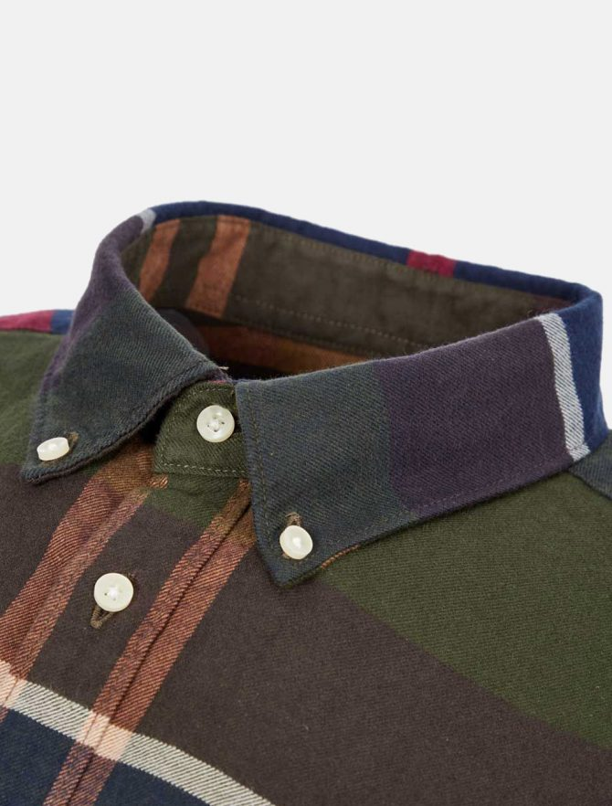 Barbour Tartan Shirt Dunoon Shirt neck detail
